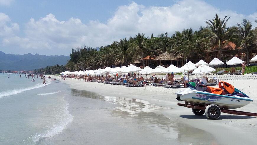 Пляж Зоклет Нячанг особенности и фото как добраться