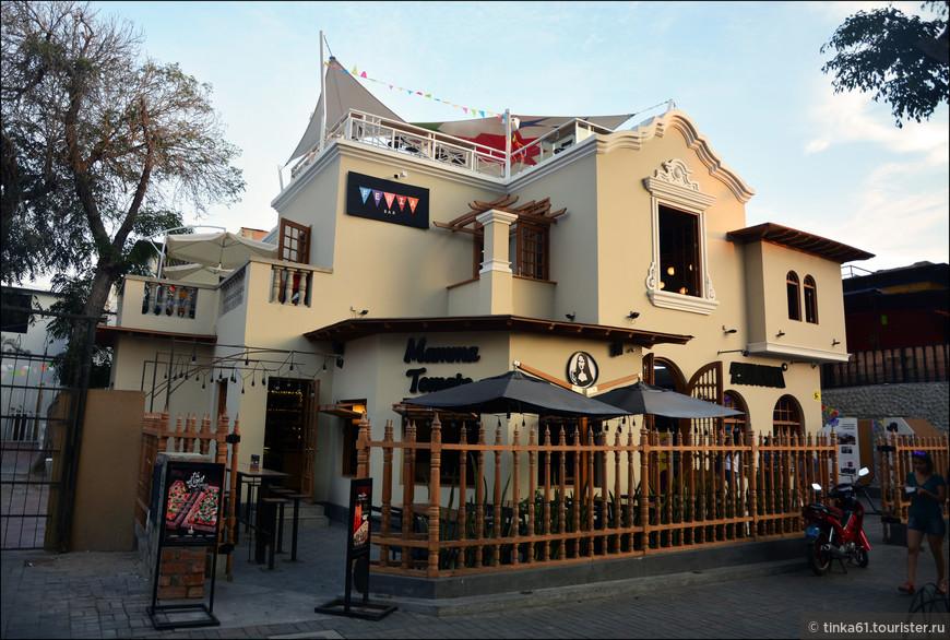 Сегодня в таких особняках располагаются рестораны, бары и отели.