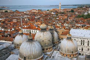 В Венеции появились турникеты для ограничения турпотока