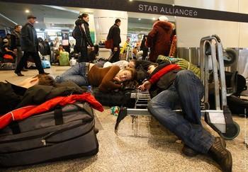 В московских аэропортах ужесточили правила поведения