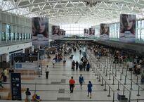 Aeropuerto_Internacional_de_Ezeiza_-_Terminal_A_-_20070120.jpg