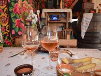 Мир, труд, май и вино!