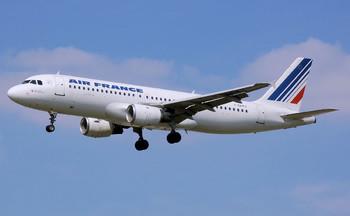 Туристов предупреждают о забастовках в аэропортах Италии и Франции