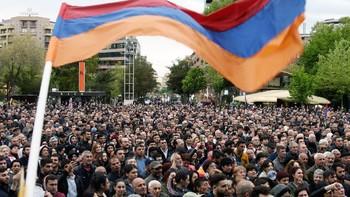 МИД РФ предупреждает об усилении протестной активности в Ереване