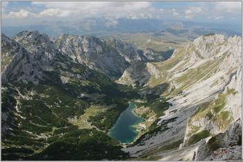 Российские туристы погибли в Черногории и в Сочи