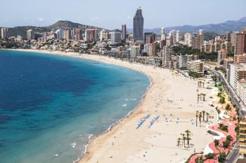 Испанский Бенидорм введёт новые штрафы для туристов-дебоширов