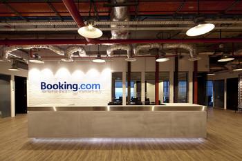 В Ростуризме предлагают создать российский аналог Booking.com