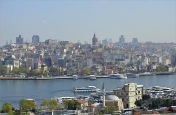 С января по апрель турпоток из РФ в Турцию вырос на 64%