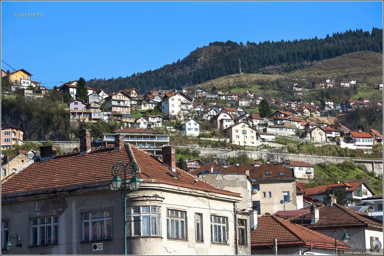 Долина реки Миляцки была заселена во времена неолита. Учёные допускают, что по этой местности в направлении востока во времена античности проходила древнеримская дорога. В VI—VIII вв. в долине появились сербы., Очарование Сараево (прогулка первая)