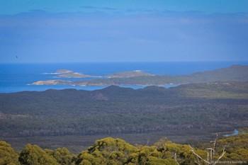 В Австралии туристка упала со скалы и неделю жила без еды