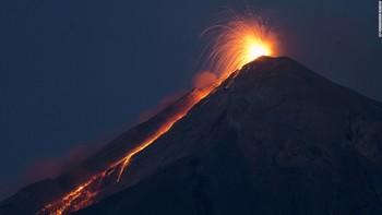 В Гватемале число жертв извержения вулкана превысило 100 человек