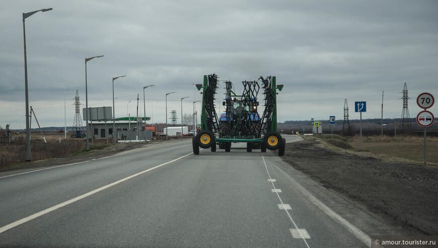 Селяне приступили к полевым работам.