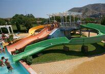 Детские горки «Ramp Slide» (оранжевая), «Желтая горка» и «Зеленая горка»