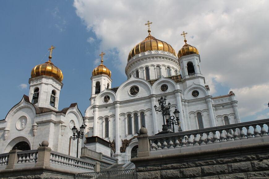 Храм Христа Спасителя — главный храм России
