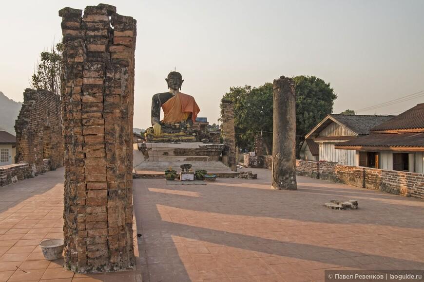 Мыанг Кхоун. Храм Ват Пиават.