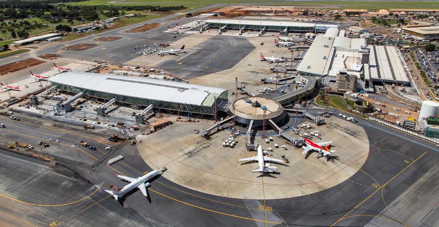Аэропорт Бразилиа имени Жуселину Кубичека