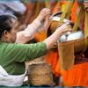 День 1. Луангпрабанг. Шествие монахов Так Бат.