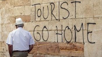 В Барселоне вновь выступают против массового туризма