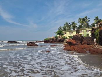 На пляжах Гоа туристов оштрафуют за ночные купания и алкоголь