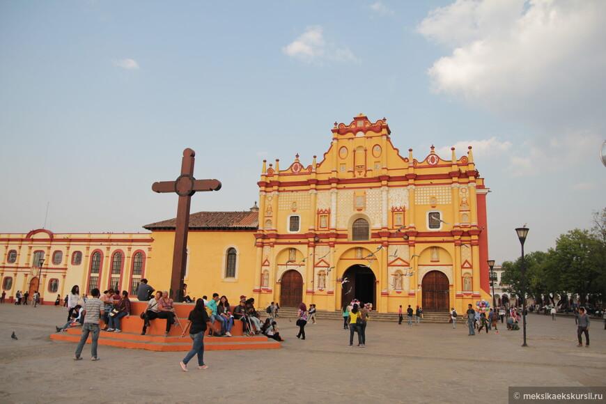 Кафедральный собор Святого Кристофра. Сан Кристобаль.