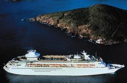 Российский турист вывалился за борт круизного лайнера