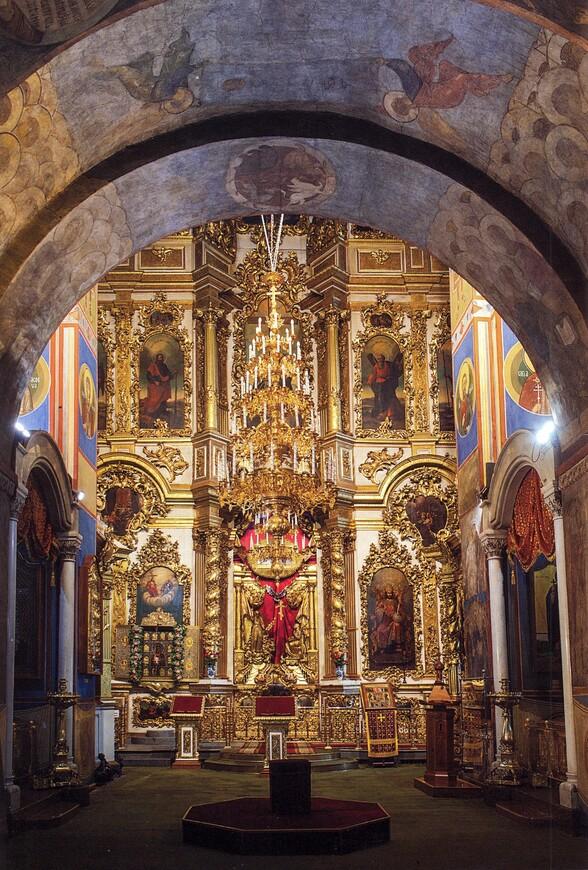 переселенцами стали иконостас успенского собора владимира фото мини