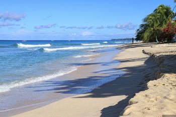 На острове Барбадос введут сразу два туристических сбора