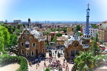 В Барселоне для входа в Парк Гуэль бесплатно и вне очереди нужно сдать биометрию