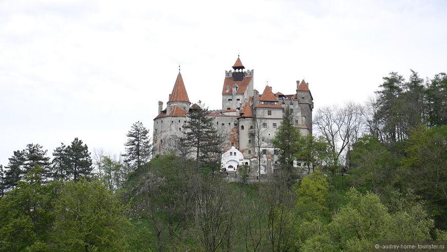 отметить, что туристы на фото в замке бран потом взял открыл