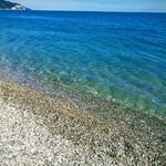 Пляж клуба-отеля «Дельфин»
