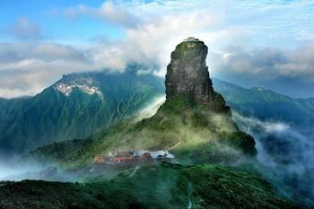 Китай ограничит число туристов на горе Фаньцзиншань