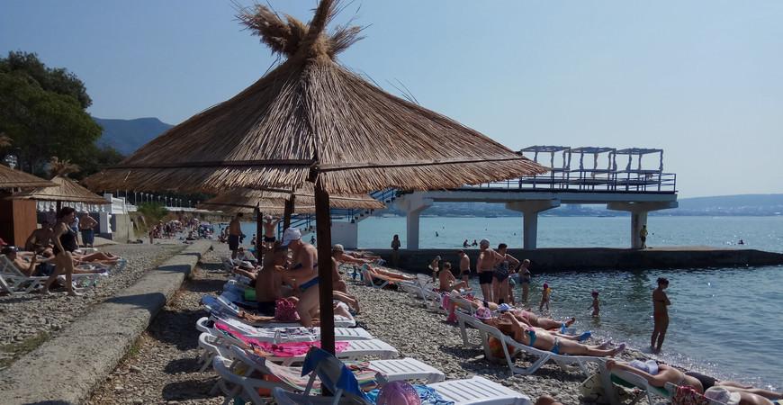 Пляж «Строитель» в Геленджике