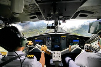 В ЕС усилят психологическую подготовку экипажей авиалайнеров
