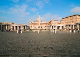 И снова Рим... и вновь дождливый