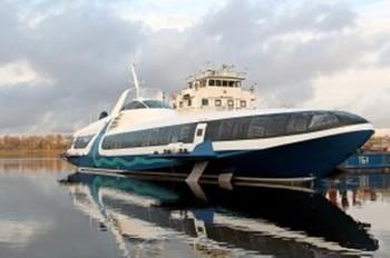 Севастополь и Ялту связали маршрутами скоростных катеров