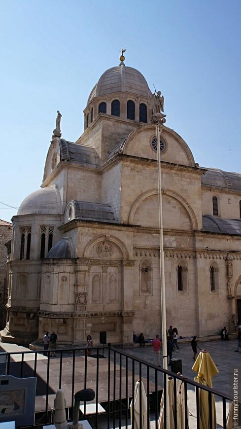 Собор святого Иакова. Его строительство началось в 1431 г. и продолжалось более ста лет