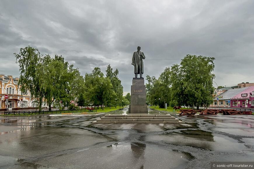 Памятник В. И. Ленину (Большой Ленин)