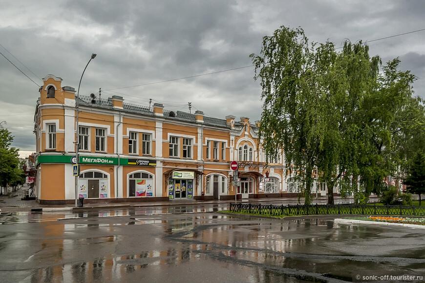 Бывший торговый дом А.И. Шахова