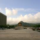 Площадь Кванхвамун Плаза