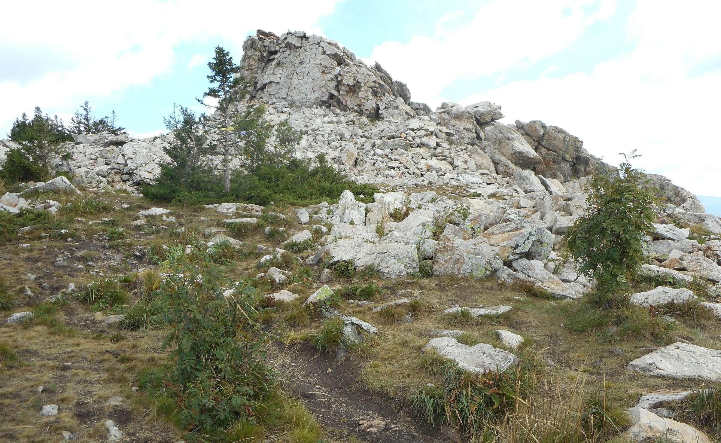 Национальный парк «Зюраткуль», Челябинская область. Базы ...