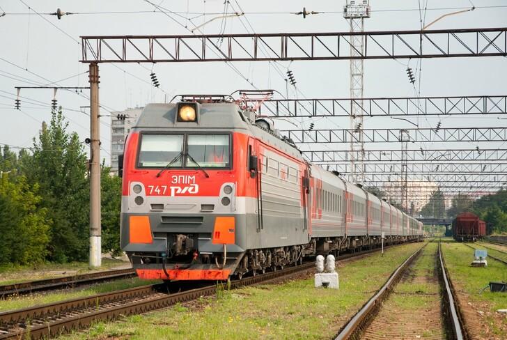 Поезд Санкт-Петербург — Анапа