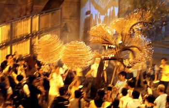 Огненный дракон станцует в Гонконге в сентябре