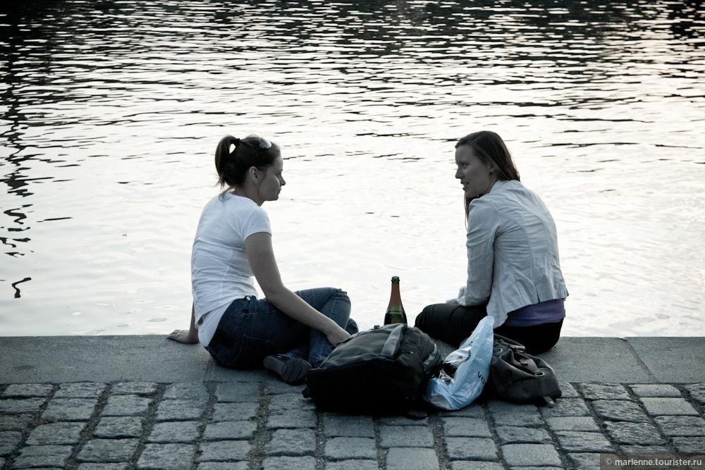 """Фото из альбома """"Люди пражских набережных"""", Прага, Чехия"""