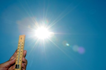 Туристов предупреждают об аномальной жаре в Крыму
