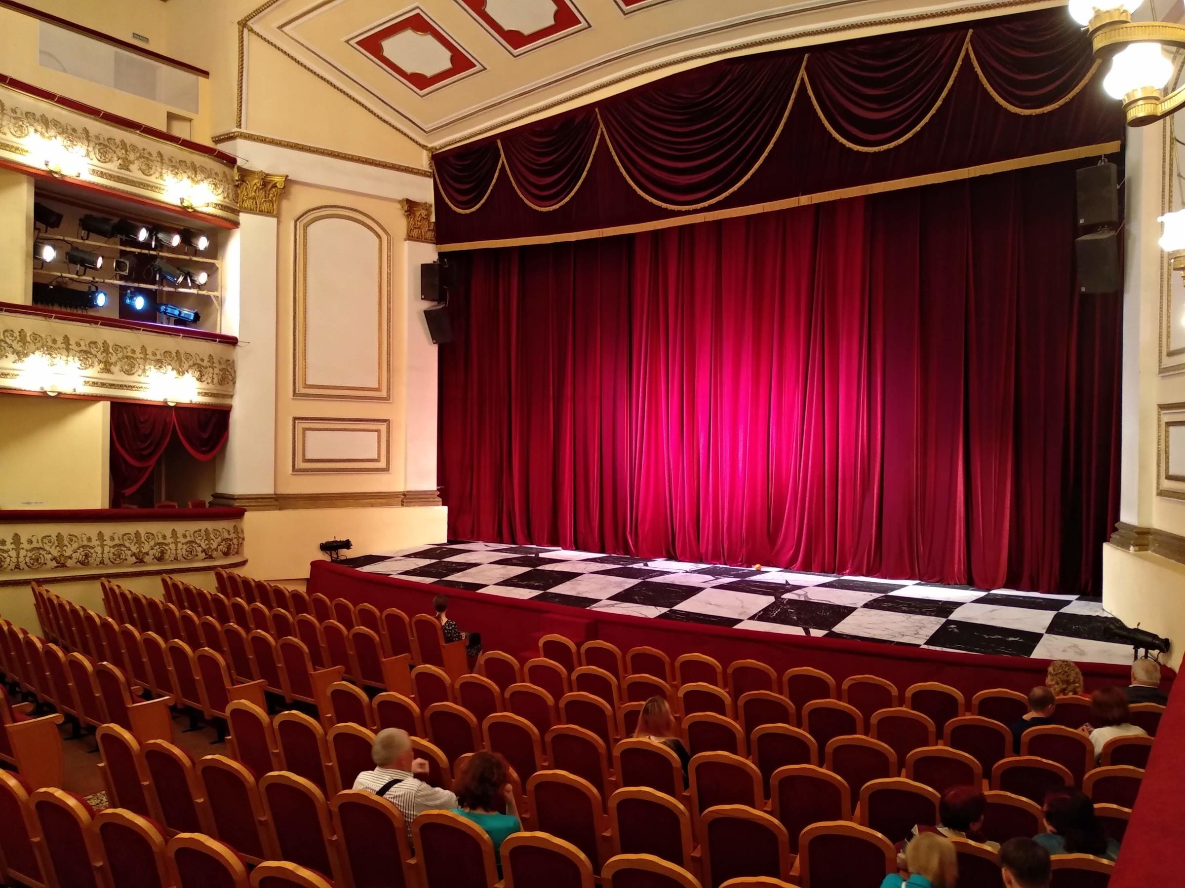 Театр в рязани на театральной афиша зеленый театр одесса афиша