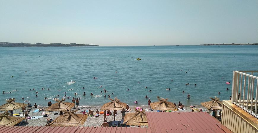 Пляж «Лазуревый берег»