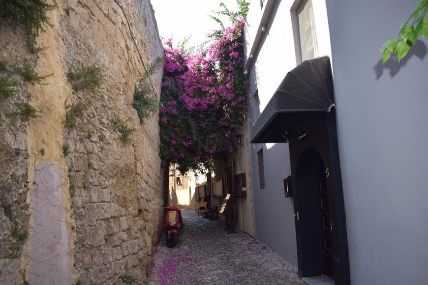 улочки Старого города Родоса.