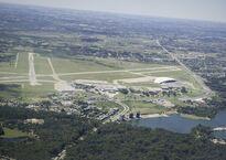 Aeropuerto_Carrasco.jpg