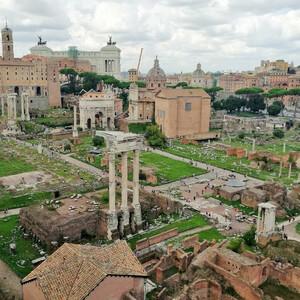 В один из погожих дней в Риме...