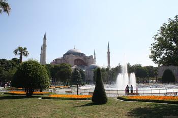 В Турции суд отклонил идею возвращения Айя-Софии статуса мечети
